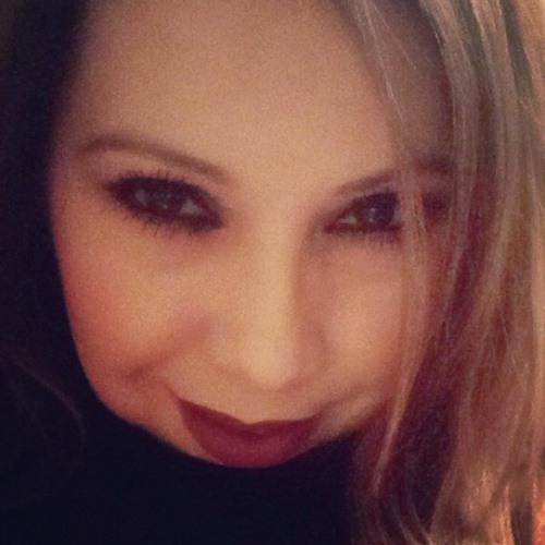 LoLo_Luv's avatar