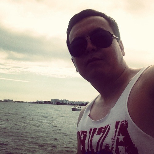 Zhandos Kozhamzharov's avatar