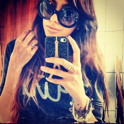 Lucia  Xavier's avatar