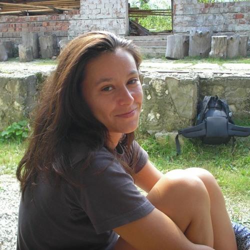 Alina Tanasa's avatar