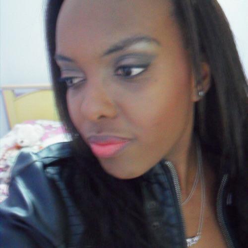 Audrey Nascimento's avatar