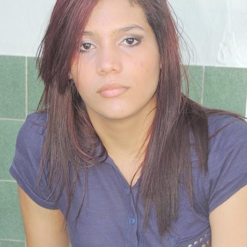 Juliana Azevedo's avatar