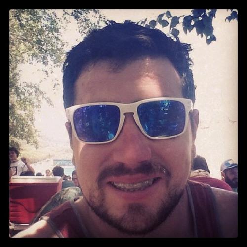 Felipe Andres Almonacid's avatar