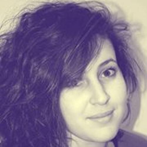Yasmeen Yantren's avatar