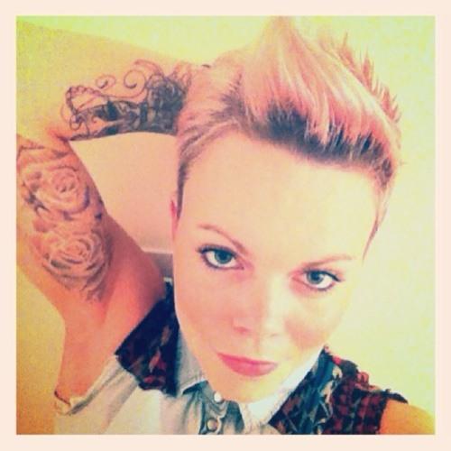 Marie Lumley's avatar