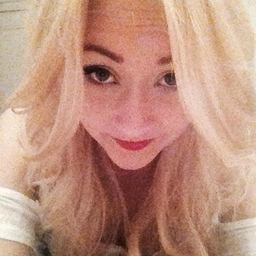 JustEmmaLouisee's avatar