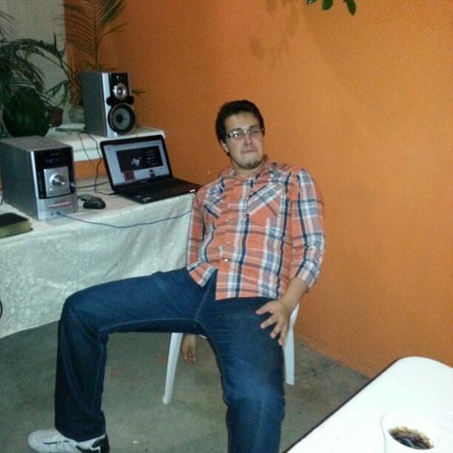 Guillermo Bueso's avatar