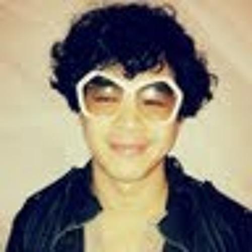 Minh-Thuy Truong's avatar