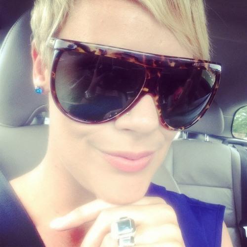 Lynetia Botha's avatar