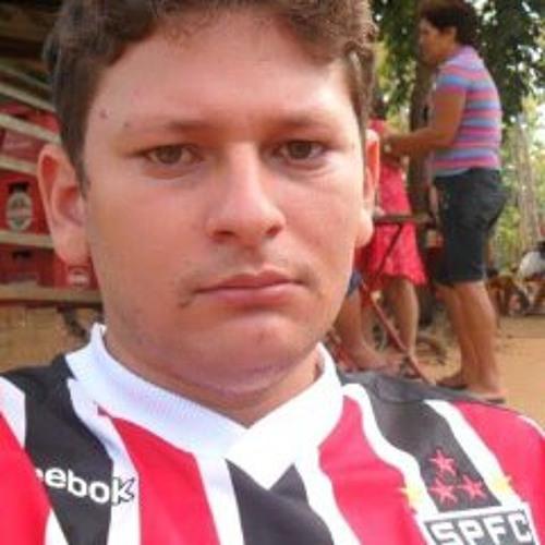 Fábio Almeida 75's avatar