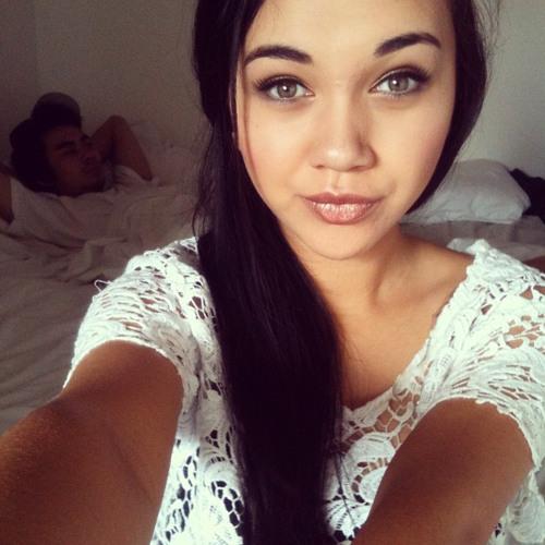 Arielle Welch's avatar