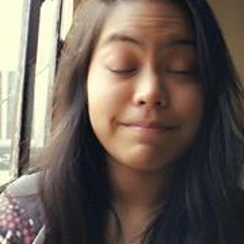 Bea Dela Rosa's avatar