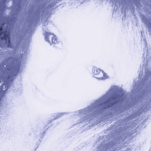 E. Marie Common's avatar