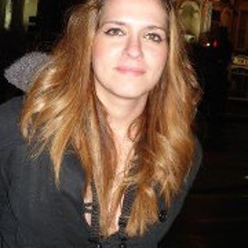 Vanesa F Jardim's avatar