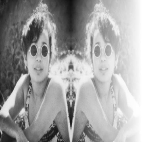 Ana_C's avatar