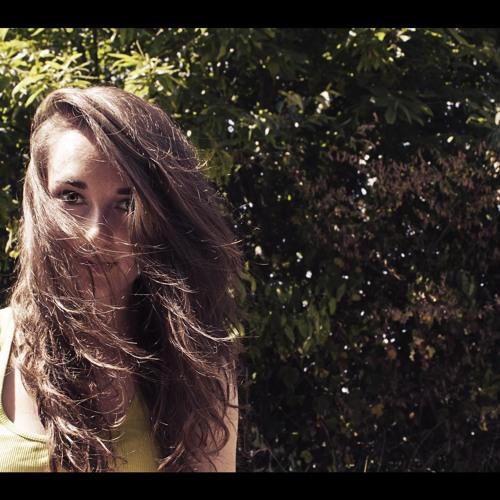 Violette Lozé's avatar