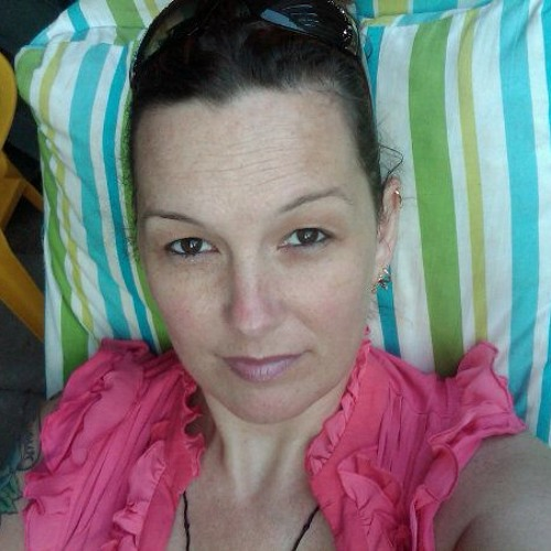 Katie LoveLife Walker's avatar