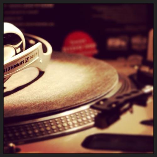 @DJ_Gleave's avatar