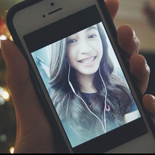 Camy Bolo's avatar