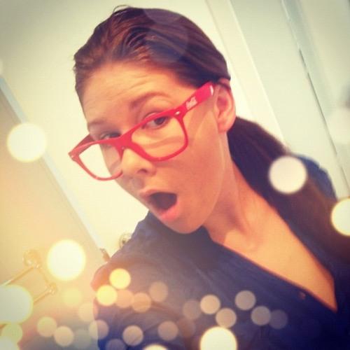 anya tutnix's avatar