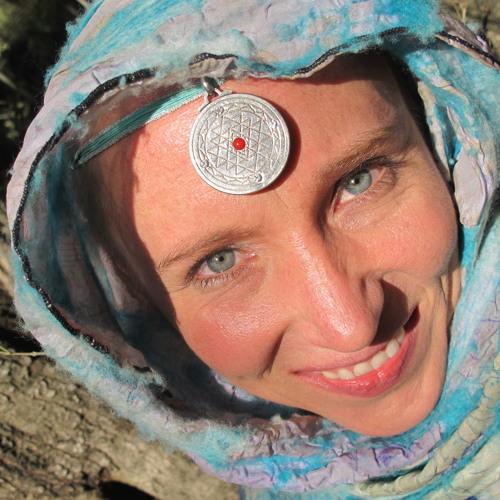 Anya Zama Deva's avatar
