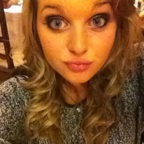 Queen Laureen's avatar
