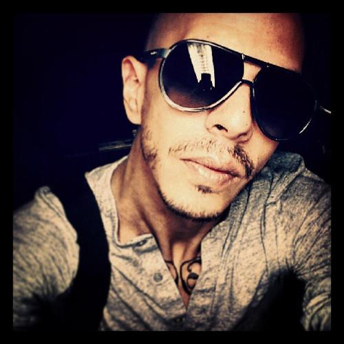 Daniel Lugo 17's avatar