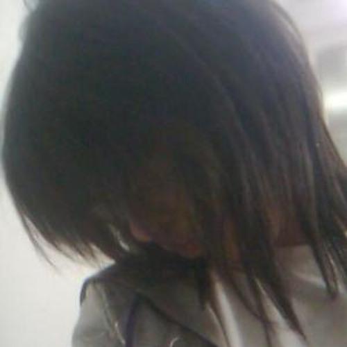 LANA GIROUX's avatar