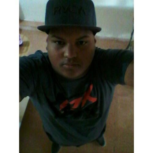 carlitosbaseballx34's avatar