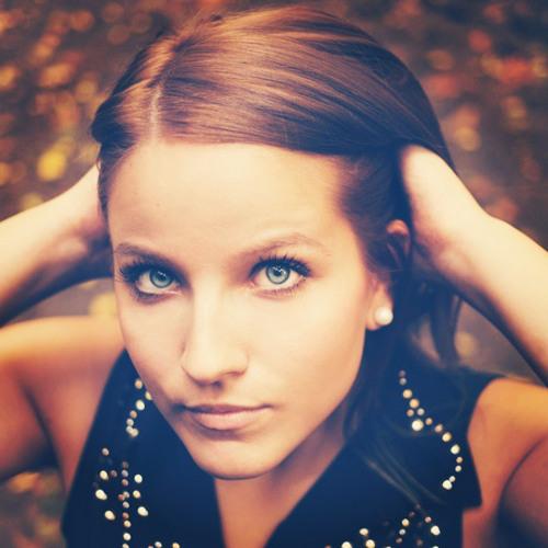 Nikolett Steiner's avatar