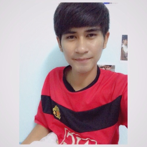 Pond Pang 1's avatar