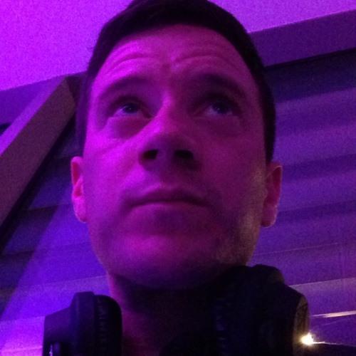 Robbie Dixon's avatar