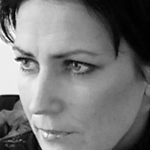 Brigitta Jung's avatar