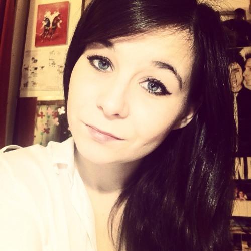 FannyGraou's avatar
