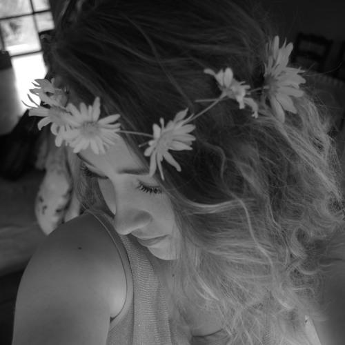 Bry Louise's avatar