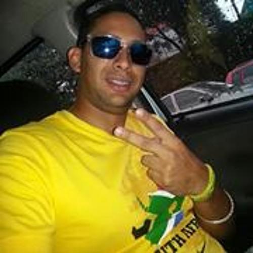 Roberto Jose Viloria's avatar