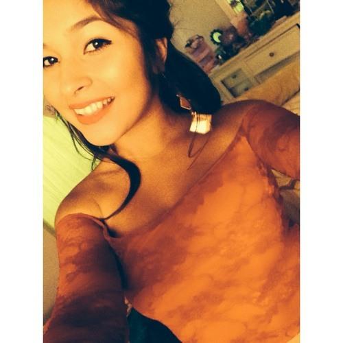 EstefaniaCoronel's avatar