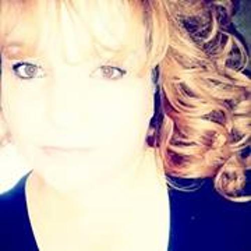 Bernadette Esparza's avatar