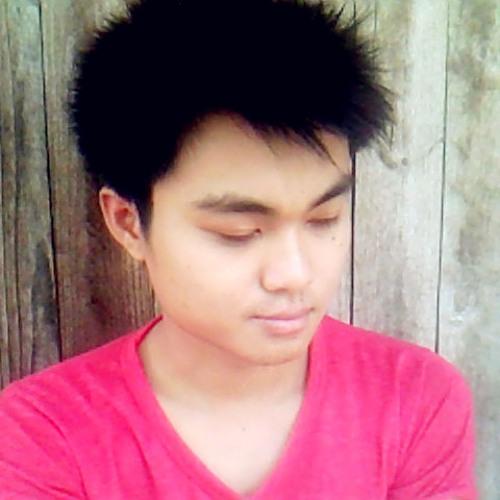 Jennarong Jaknguluem's avatar