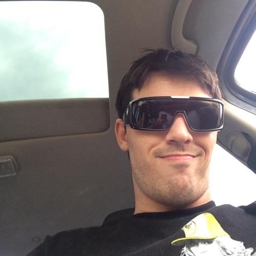 mac_c_ca@ma's avatar