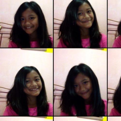 Lovina Adiara's avatar
