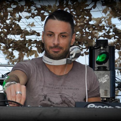 DJ D-ice's avatar