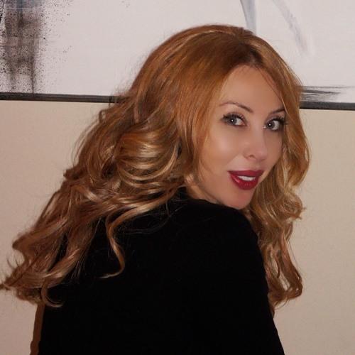 Lola999's avatar