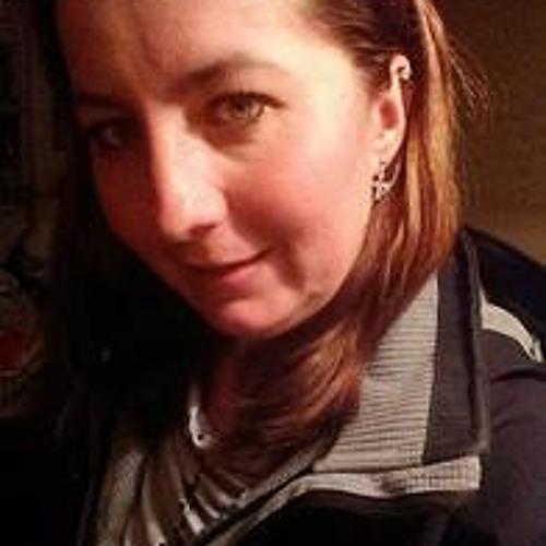 Mariana/sk's avatar