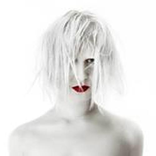 Desdemona Van Tent's avatar