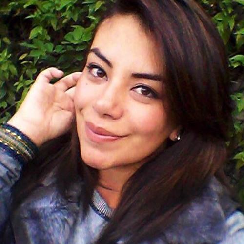 Abril Verónica's avatar