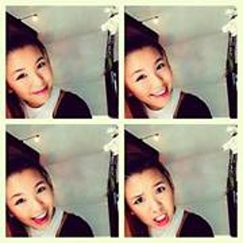 Eileen Tan 16's avatar