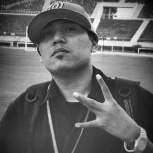 Ye Htut (Y.E.TWO)'s avatar