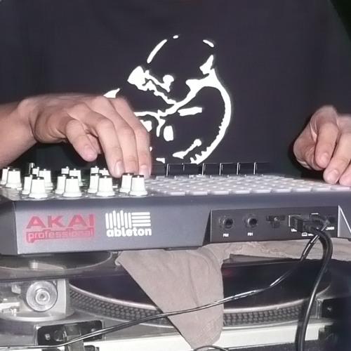 J. DIX's avatar