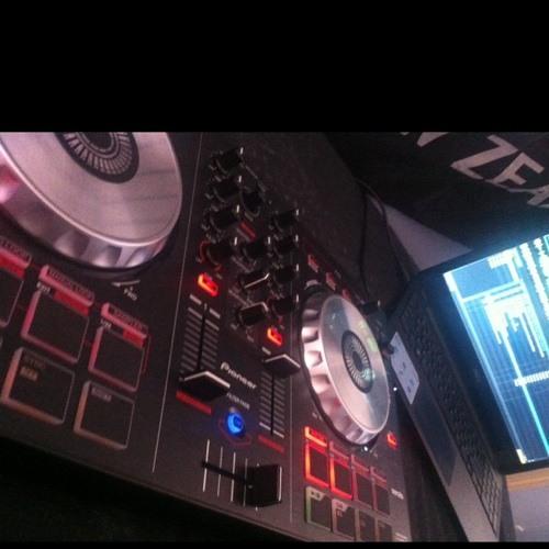 DJ-VOID's avatar